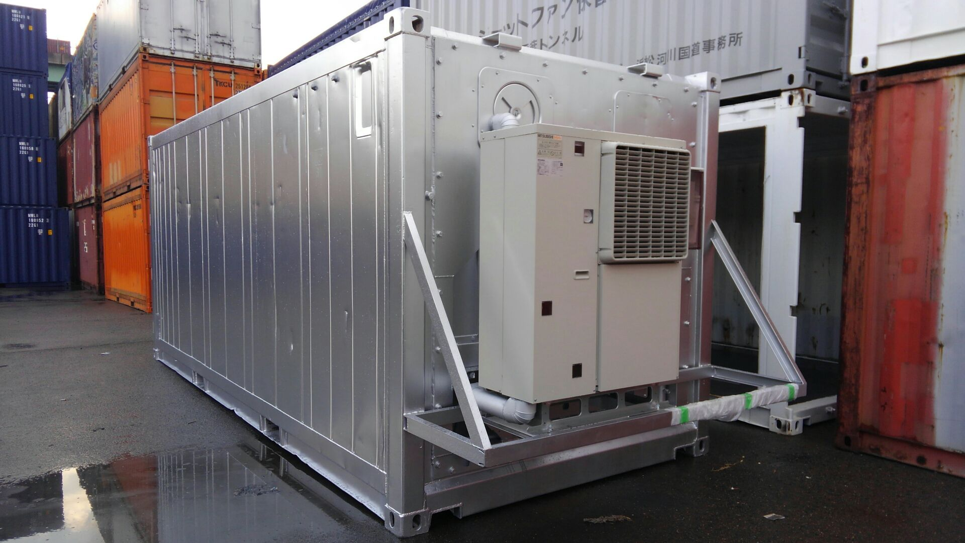20ftコンテナ 汎用冷凍機取付